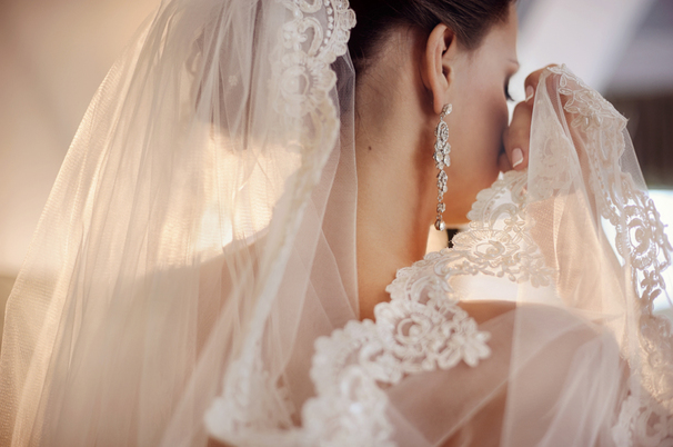 Выбираем свадебную фату по типу лица