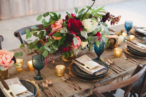 Эффектный декор свадебного стола