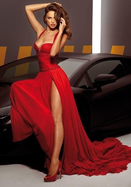 Модный тренд вечерней моду — красный и его оттенки